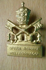BADGE- OPERA ROMANA PELLEGRINAGGI BADGE (Metal, approx. 4x2.8 cm)