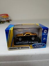 Hot Wheels Ford '67 custom mustang 1:87 scale new