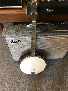 Vintage 1920? Gordon 20 Lug Four String Banjo with hard shell case