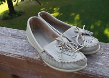 Minnetonka Beige 6653  Women's Moccasins Size 6  Weaved  USA Made Vintage