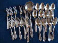 Ménagère 24 COUVERTS de TABLE métal argenté 2 poinçons  Argental  décor Art Déco