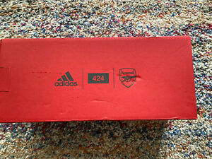 ARSENAL ADIDAS LIMITED EDITION 424 SLIDERS SIZE 9 SANDALS