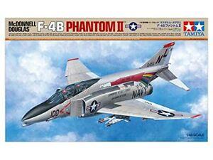 Tamiya 61121 1:48 McDonnell Douglas F-4B Phantom II