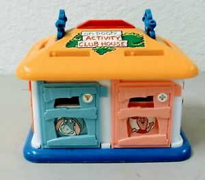 VINTAGE OH POOH! WINNIE THE POOH ACTIVITY CLUB HOUSE, TEACHES SHAPES