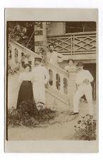 CARTE PHOTO Fantôme Habitat Escalier Portrait Couple Maison 1900 Altérée Blanc