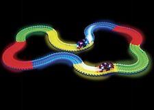 Amazing MAGIC i brani 11 FT (ca. 3.35 m) Mega Set Con LED RACE CARS COLORATI Glow in the Dark