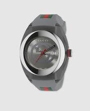 Reloj de Gucci Sync XXL YA137109 de caucho multicolor