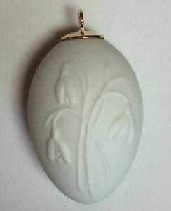 Meissen Osterei weiß Relief Schneeglöckchen Porzellan Baumschmuck 1.Wahl