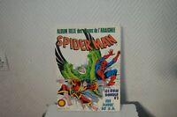 LIVRE ALBUM RELIE AVENTURE DE L ARAIGNEE SPIDER MAN  n° 3 ET  1984 EDITION LUG