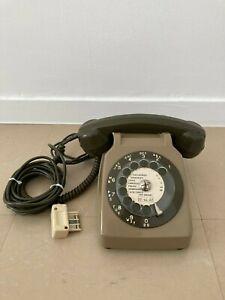 Téléphone Vintage Socotel S63 marron à cadran de 1980.
