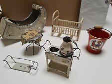 Blech Puppen - Wiege Bett Tisch Eimer für die alte Puppenstube