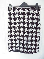 ❤ MOSCHINO Size 10 UK (US 8 / I 42) Black White Flippy Back Hem Wool Blend Skirt