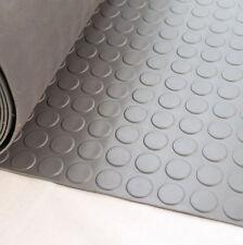 Moquettes et thibaudes gris pour la maison