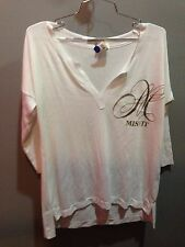 $79 New Rebel Yell Solid White Misfit Graphic 3/4 Sleeve V Neck Shirt XS