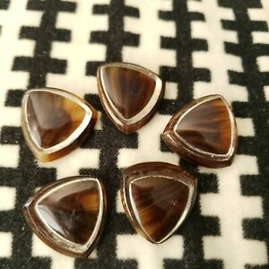 5 Amber/Brown Bakelite Triangle Buttons 60s 70s Retro Classic
