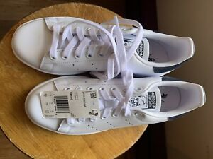 Adidas Stan Smith women shoe size 6.5 (New Without Box)
