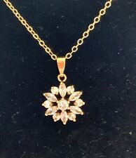 18K Yellow Gold Diamonds Pendant Necklace Chain