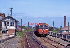 PHOTO  IRISH RAILWAY - CIE LOCO NO  055 BALBRIGGAN 05.06.1993