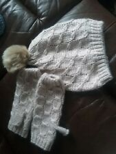 Ladies Chunky Beanie Hat With Faux Fur Pom Pom& Fingerless Gloves set Bnwt M&S