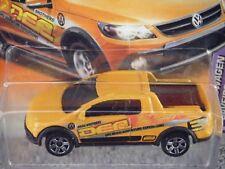 "Matchbox 2011 #73/75 Volkswagen Saveiro CRUZADA"" del ""Naranja Camioneta"