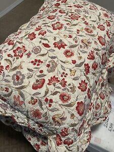 Pottery Barn Floral Stripe Full/Queen Quilt Scalloped 2 Euro shams + 2 standard
