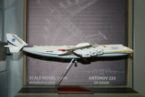 1:200 Scale Antonov Airlines AN-225 UR-82060 Die-Cast Model Plane