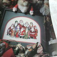 Santa Claus Picture Reunion Leisure Arts Cross Stitch Pattern Leaflet 2061 1991