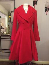 Femmes vintage 1940s/50s Swing Style Fit and Flare flatteur laine manteau en rouge