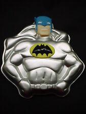 Wilton BATMAN cake pan BAT MAN metal baking mold tin FACE EMBLEM TOPPER Comic