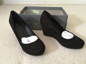 Women wedge heels Size 9