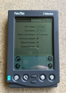 Vintage Palm Pilot Personal PDA - working - with case, stylus and sync cradle