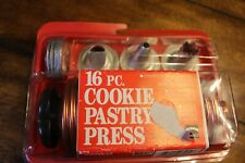 MIRRO 16 PC COOKIE PASTRY PRESS AND TRAY 12 DISKS 3 TIPS MODEL M-0358-22 USA