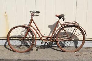 a74t25- Oldtimer Rixe Damen Fahrrad