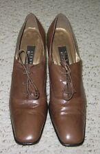 Stuart Weitzman Womens Brown Heels 9 AA *Unique Must C*