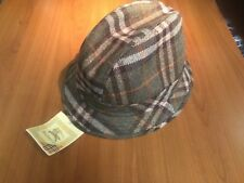 Colour combination Burberry Head 100% wool Rain  Sz xxl