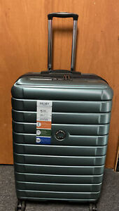 """DELSEY Paris Shadow 5.028"""" Expandable Spinner Upright Suitcase  Green New Other"""