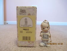 Precious Moments Ornament Peace On Earth.Anyway 1996 Annual Edition 183369
