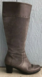 Womens Clarks Gray Leather Knee High Zip Up Boots Size US 7.5M