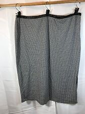 Avenue Houndstooth Print Skirt 26/28 black white casual career