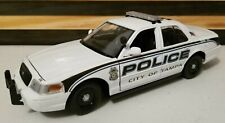 Tampa Police 1:24 Scale Diecast Ford Crown Victoria