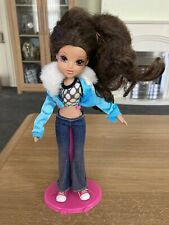 MGA Moxie Girlz Bratz Girl Doll with Clothes Outfit 2014