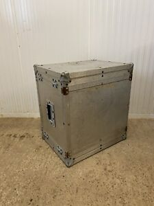 SILVER FLIGHT CASE STORAGE TRUNK COFFEE TABLE WITH ALLOY & STEEL TRIM