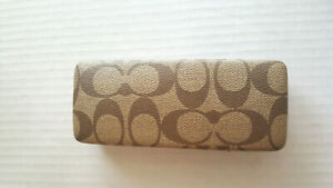 COACH Eyeglass Case HARDCASE SNAP CLOSE w/ Matching Cleaning Cloth Tan/Brown