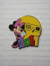 Disney Dated 2011 Mystery Pin Yellow MINNIE MOUSE Muppet Vision 3D Eye Glasses
