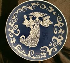 Royal Copenhagen Mother's Day Plate *1972*