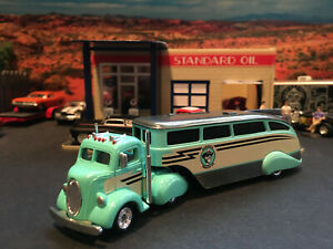 1:64 Hot Wheels LE Elwood's Trailer Co.1938 38 Ford COE Truck and Trailer