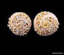 Vintage Featherweight Blüten mit Strass Steinen verzierte Ohrringe, Earrings