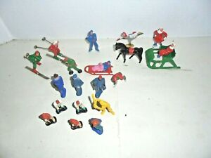 STANDARD GAUGE TRAIN SKATERS VINTAGE DIECAST GOOD FOR YOUR TRAIN LAYOUT AND MORE