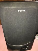SONY  SS-D560 3-WAY TWIN DUCT/BASS REFLEX SPEAKER SYSTEM SPEAKER BLACK