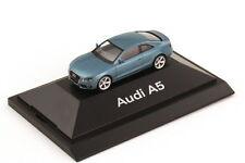 1:87 AUDI A5 Coupé 8T Bleu Topaze bleu Bleu - dealer-edition - Herpa 5010705422